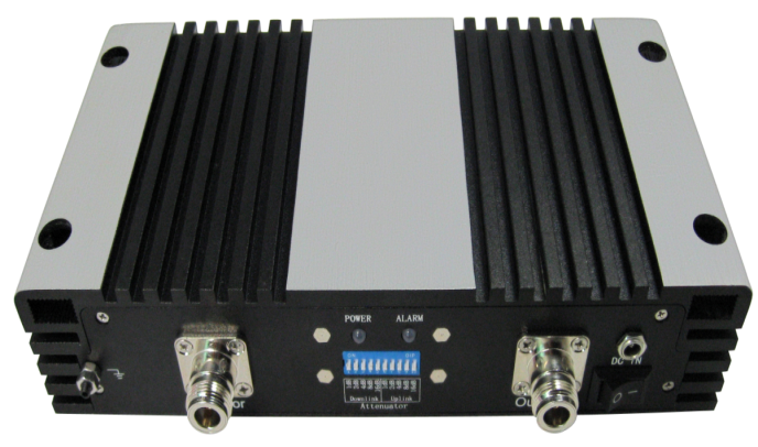 GSM/DCS/WCDMA Tri Band  20dBm Repeater